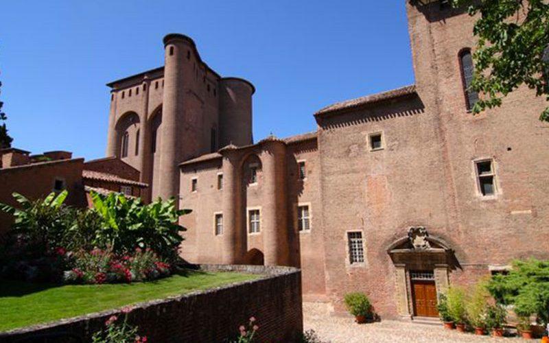 Musée-vue-extérieure-de-Toulouse-Lautrec